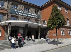 Facultad de formación profesorado y pegadogia. Maxisterio Pedagoxía